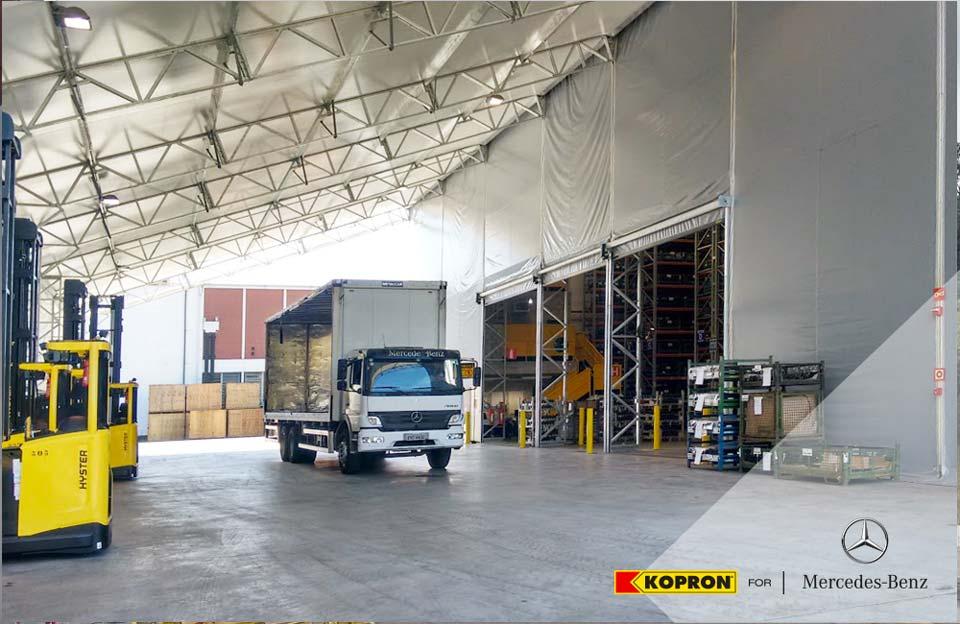 Kopron-bâtiment-en-pvc-pour-Mercedes-Benz-Brésil