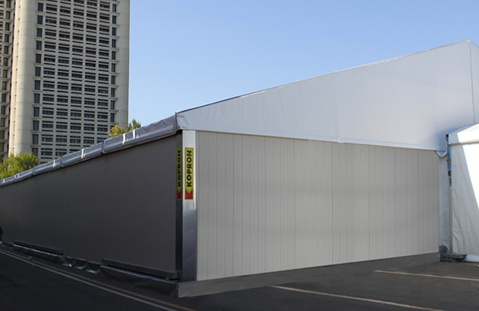 SANA-CERSAIE-events-below-modular-tent