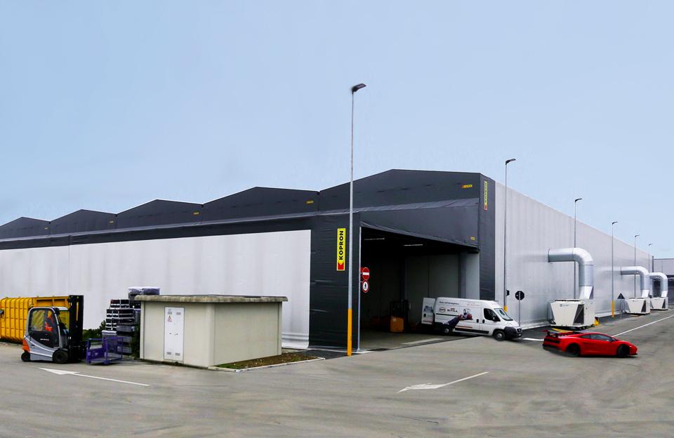 couverts-nouvel-hangar-Automobili-Lamborghini