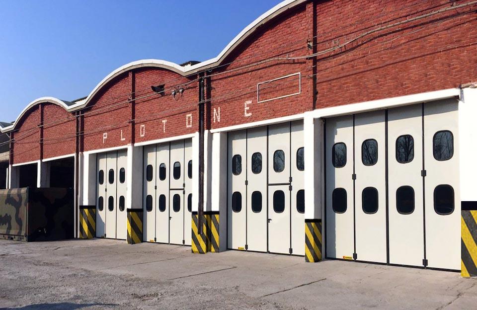 Kopron-puertas-de-libro-motorizadas