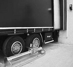 Sistema di sicurezza manuale blocca ruote camion K-Easyblock di Kopron