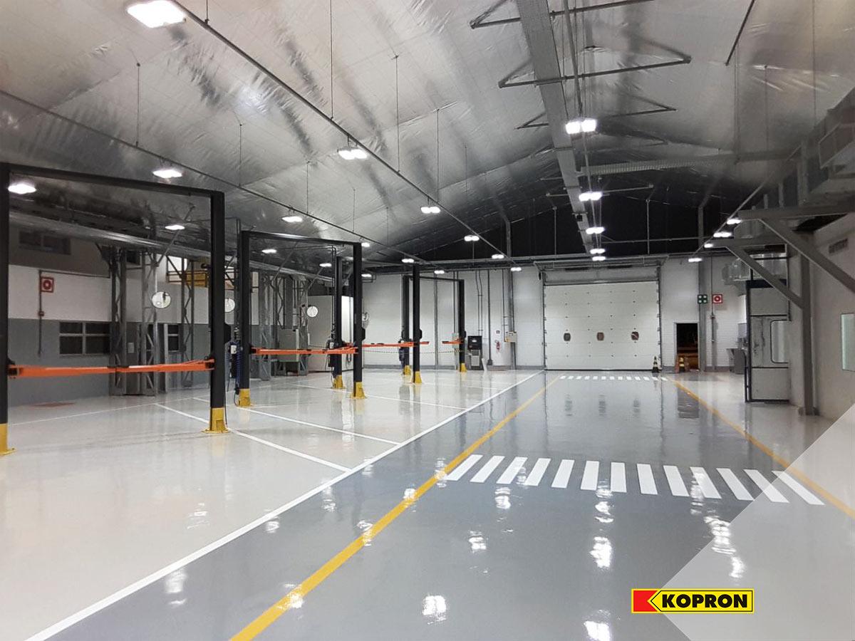 Capannone-prefabbricato-Kopron-per-manutenzione-veicoli-Mercedes