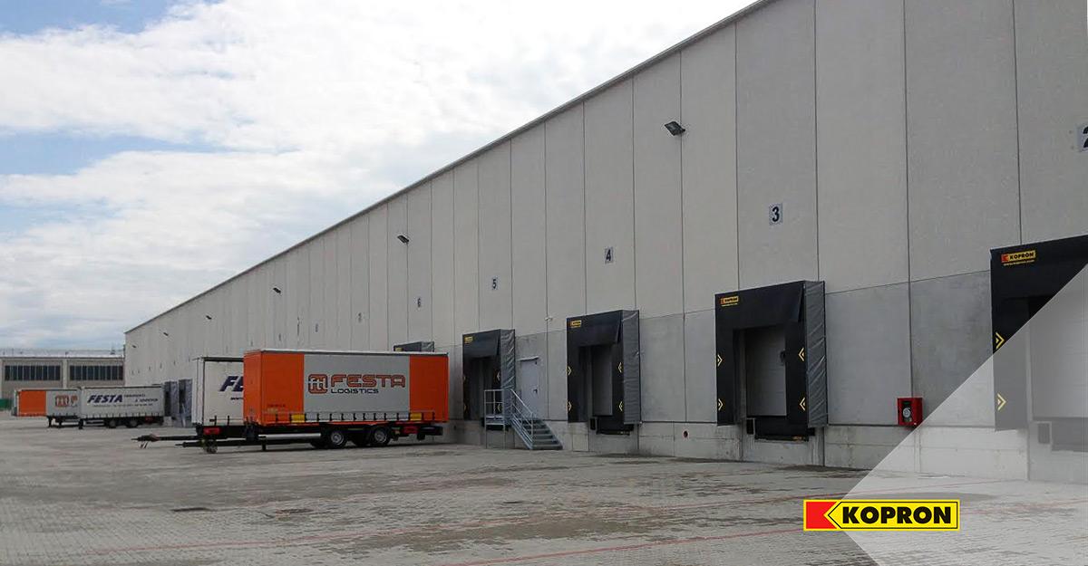 Baie-di-carico-Kopron-per-il-settore-del-trasporto-merci-a-Brescia