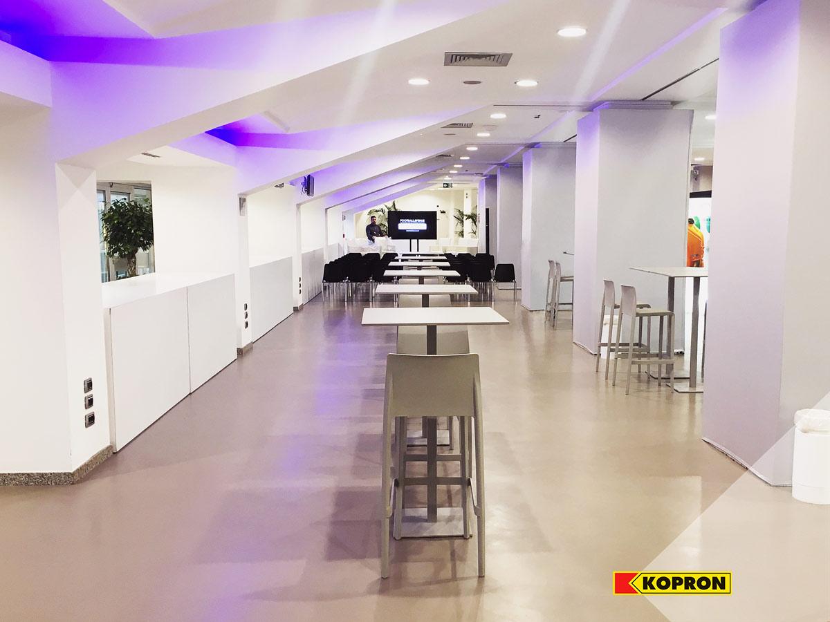 Sala-conferenze-B2B-per-intervento-Kopron-Engineering