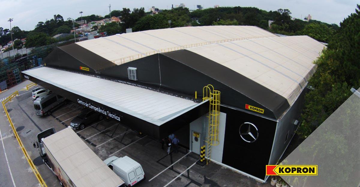 Capannoni-mobili-per-Mercedes-in-Brasile