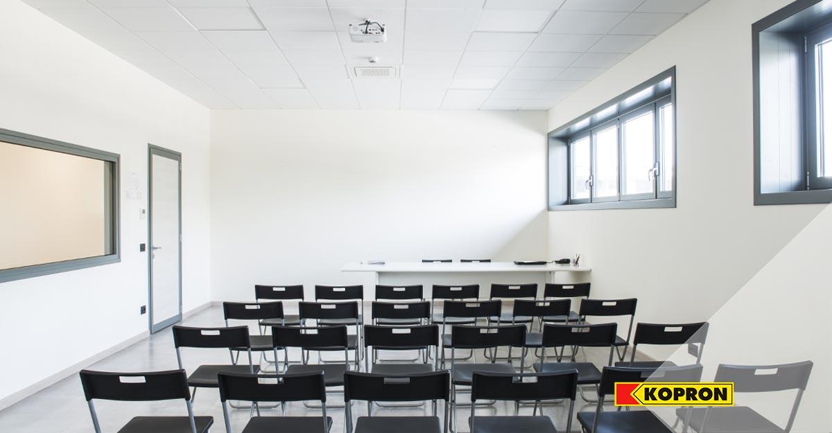 Sala-meeting-per-Serena-Manente