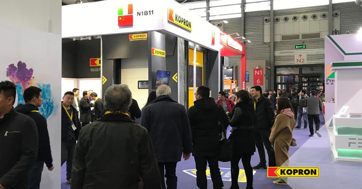 Visitatori-fiera-R+T-Asia-stand-Kopron-China