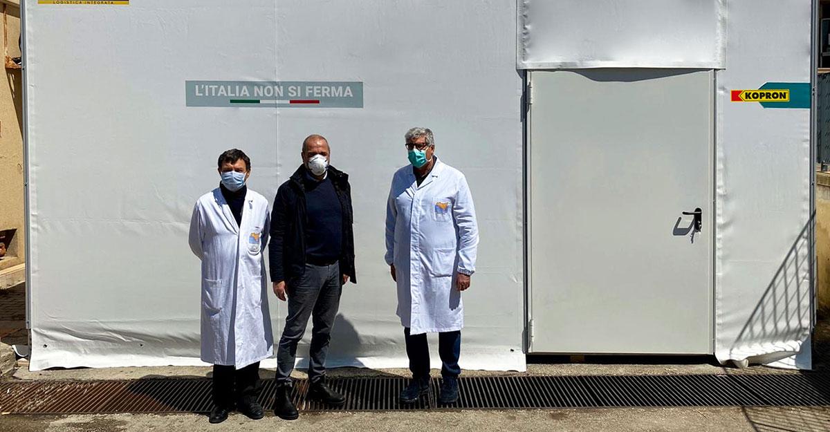 Ragusa-Clienti-Kopron-donano-una-tendostruttura-all-ospedale-Guzzardi-di-Vittoria
