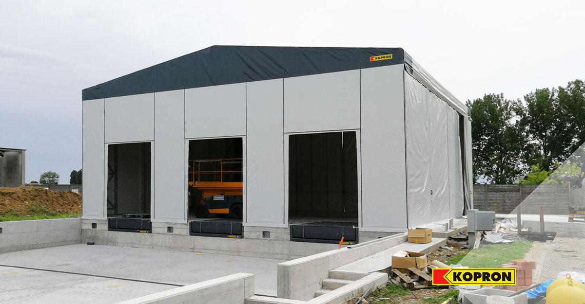 fase-di-installazione-capannone-mobile-pvc