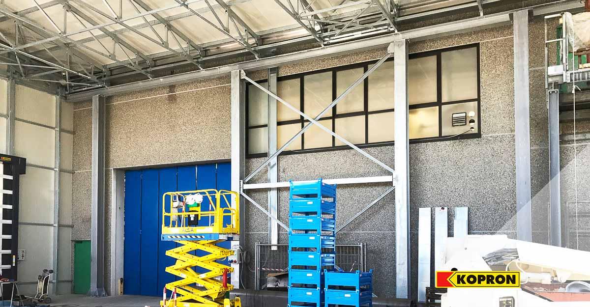 Prefabricated-steel-warehouses-for-Meter-SpA-by-Kopron