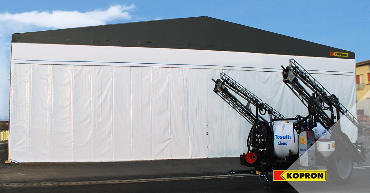 Retractable-warehouse-for-storing-agricultural-machinery-of-Toselli