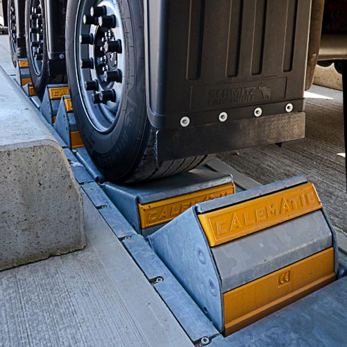 K1-CALEMATIC - Single chock vehicle restraint wheel detection