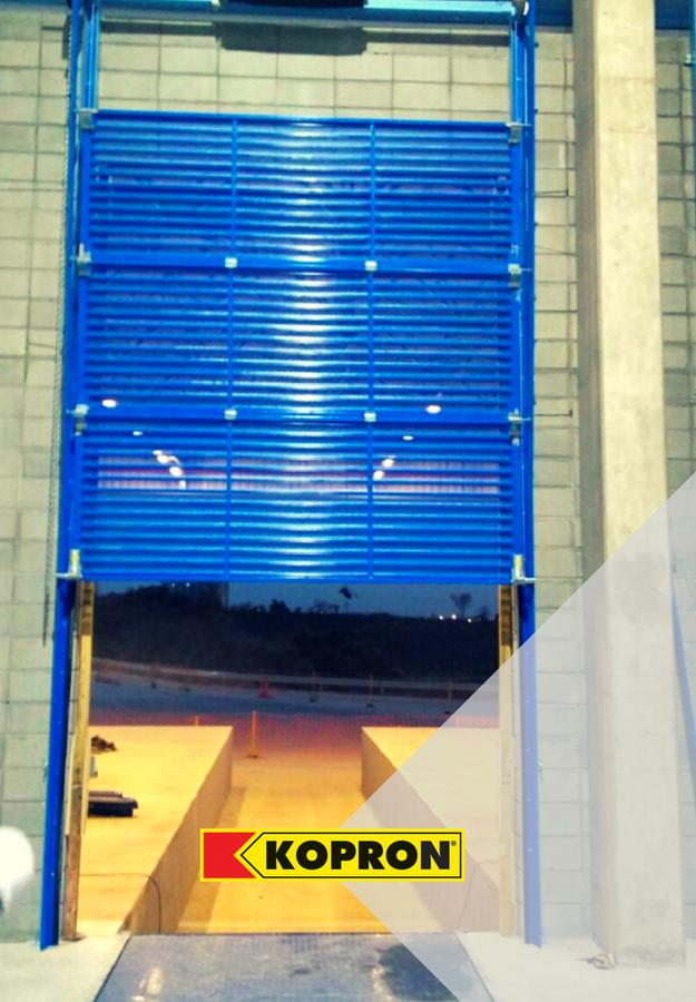 Portão-seccional-perfurado-Ype